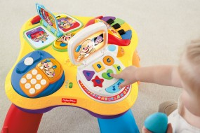 Fisher-Price Puppy and Pals Learning Table
