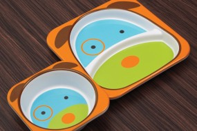 Skip Hop Zoo Melamine Plate and Bowl Set { Dog }